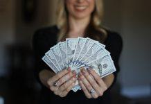 money facts image